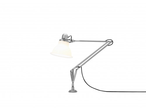 Anglepoise Type 1228 Lamp with Desk Insert weiß eingeschaltet