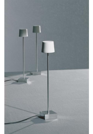 Anta Cut LED Table lamp aluminum