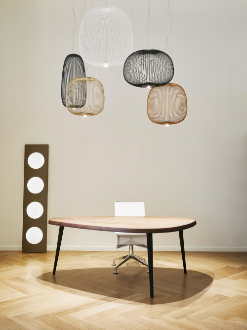 Foscarini Spokes 1 MyLight graphite (at the left)