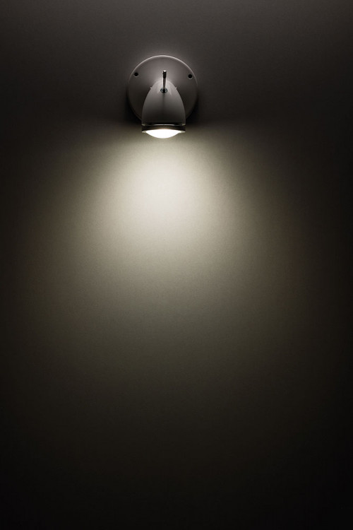 Less'n'more Ylux Wall / Ceiling Spotlight smaller beam angle