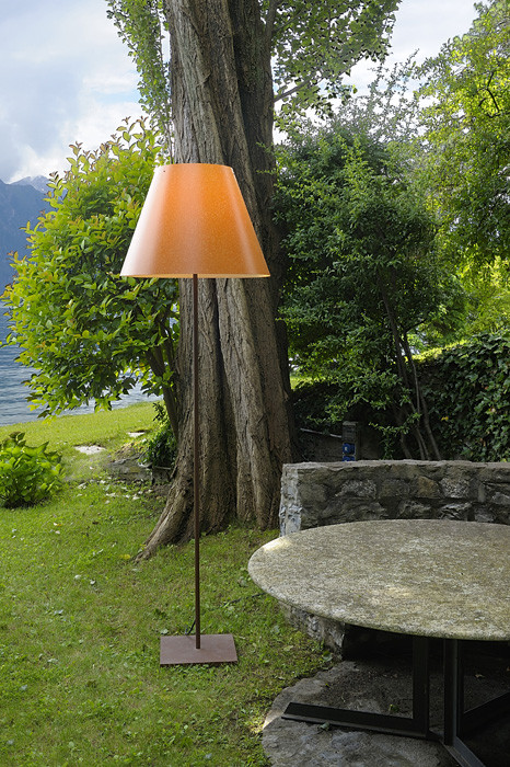 Luceplan Grande Costanza Open Air shade rust, frame and base rust