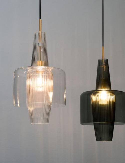 Mawa Venezia clear glossy version 2, mounting brass, canopy black (at the left)