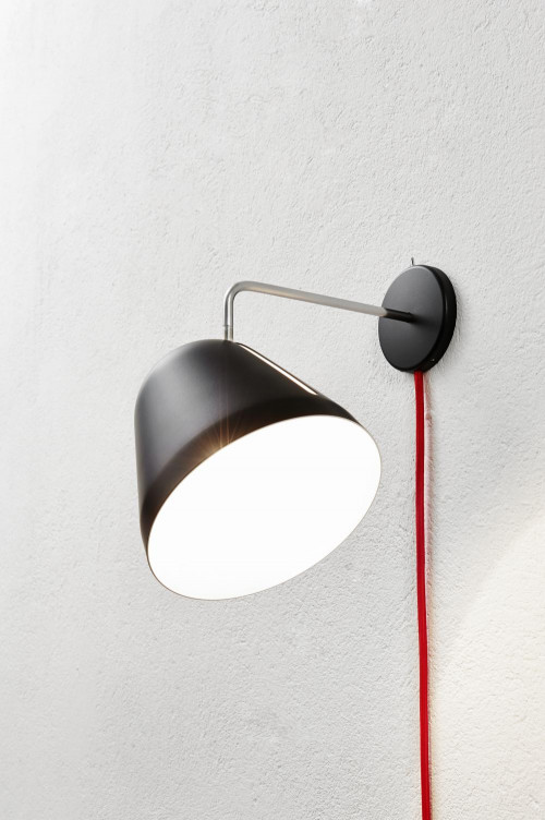 Nyta Tilt Wall black with cable red