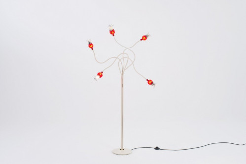 Serien Lighting Poppy Floor 5 arms beige,shades ruby,base cream lacquered