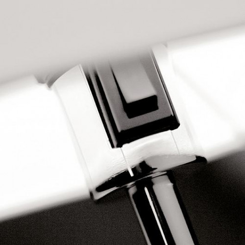 Vibia Swing 0507 switch on the socket