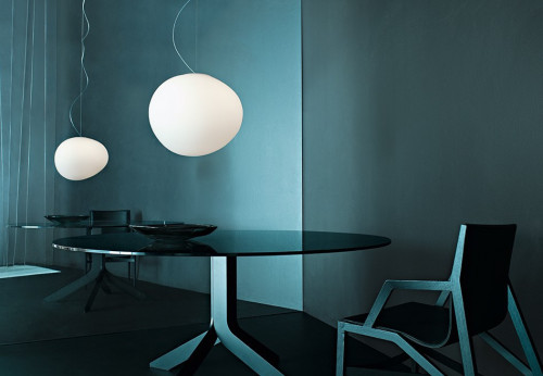 Foscarini Gregg Sospensione Media white (at the right)
