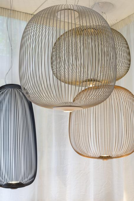 Foscarini Spokes 3 gold (second from right)
