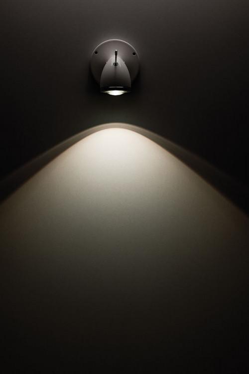 Less'n'more Ylux Wall / Ceiling Spotlight wider beam angle